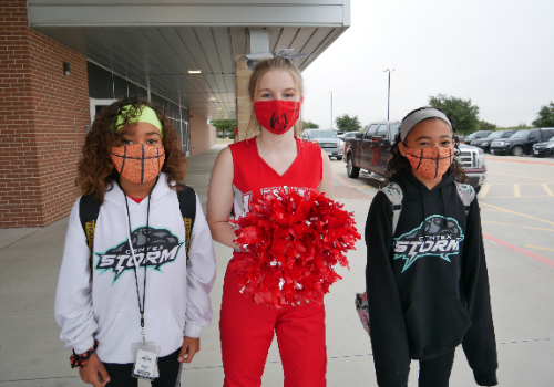 LBHS Cheerleaders Greet High Point Elementary Students